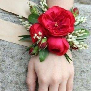 Браслет для невесты из живых цветов   art.06-21