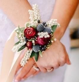 Браслет невесты из живых цветов art.06-14