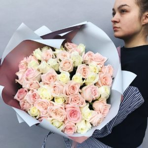 Букет из 51 розы art.12-013