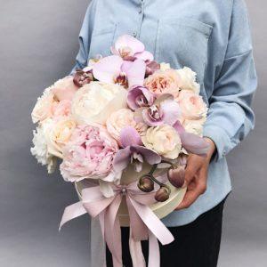 Цветы в шляпной коробке Art.12 028
