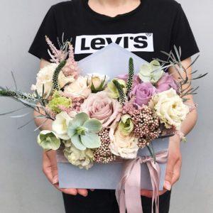 """Цветы в коробке """"конвертик"""" Art.12 033"""
