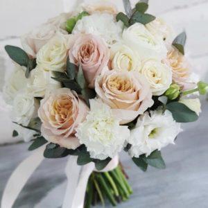 Букет невесты персиковый с розами Art. 05 157