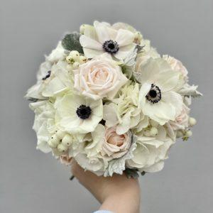 Букет невесты с белыми анемонами Art.05 56