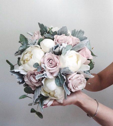 Букет невесты с пионами и пудровой розой Art. 05 91