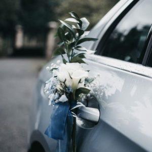 Оформление цветами свадебного автомобиля Art.07 03
