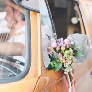 Оформление цветами свадебного автомобиля Art.07 01