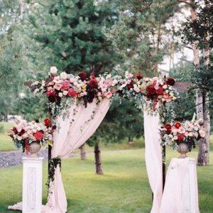 Арка из цветов на свадьбу Art.08 02