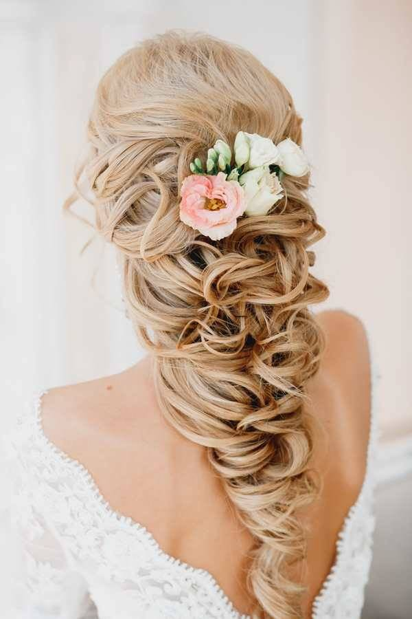 вам цветы в косе фото аккуратно
