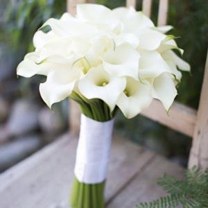 Букет невесты из белых калл Art.05 124