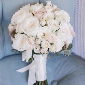 Букет невесты из пионовидной розы art.05-115