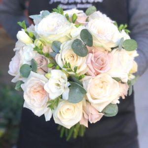 Букет невесты из роз art.05-68