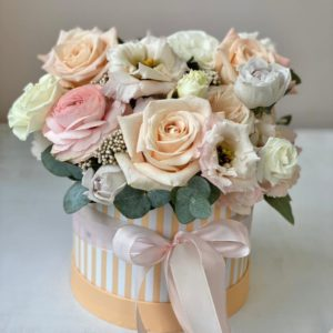 Букет цветов в коробке Art. 13 055