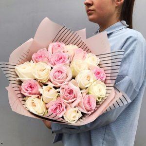 Букет из пионовидных роз art. 12-037