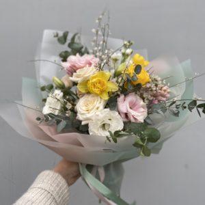 Букет из весенних цветов Art.14 01