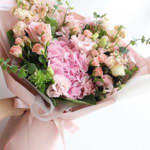 Букет с розовой гортензией art.14-05