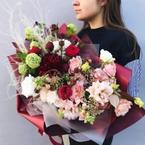 Букет с пионами и пионовидной розой art. 14-09