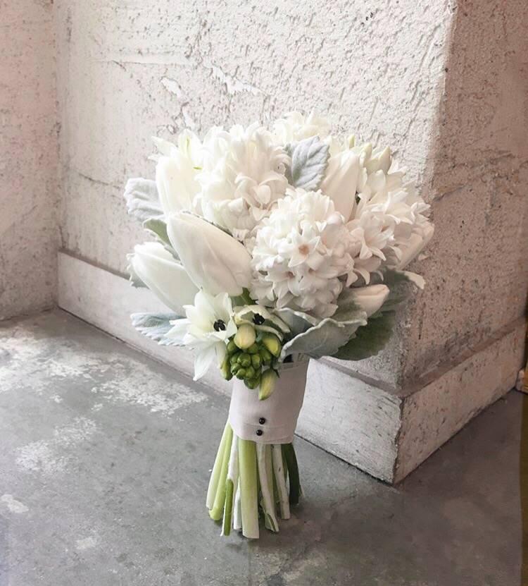 Букет невесты из гиацинта белого, купить