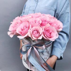 Шляпная коробка из роз Art.12 02