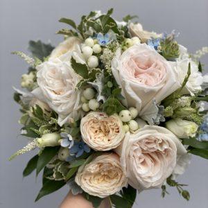 Букет невесты из пионовидной розы Аrt. 05 072