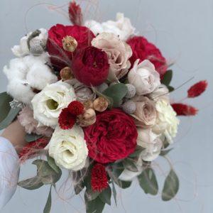 Букет невесты из пионовидной розы Аrt. 05 083